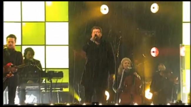 Elbow In da rain